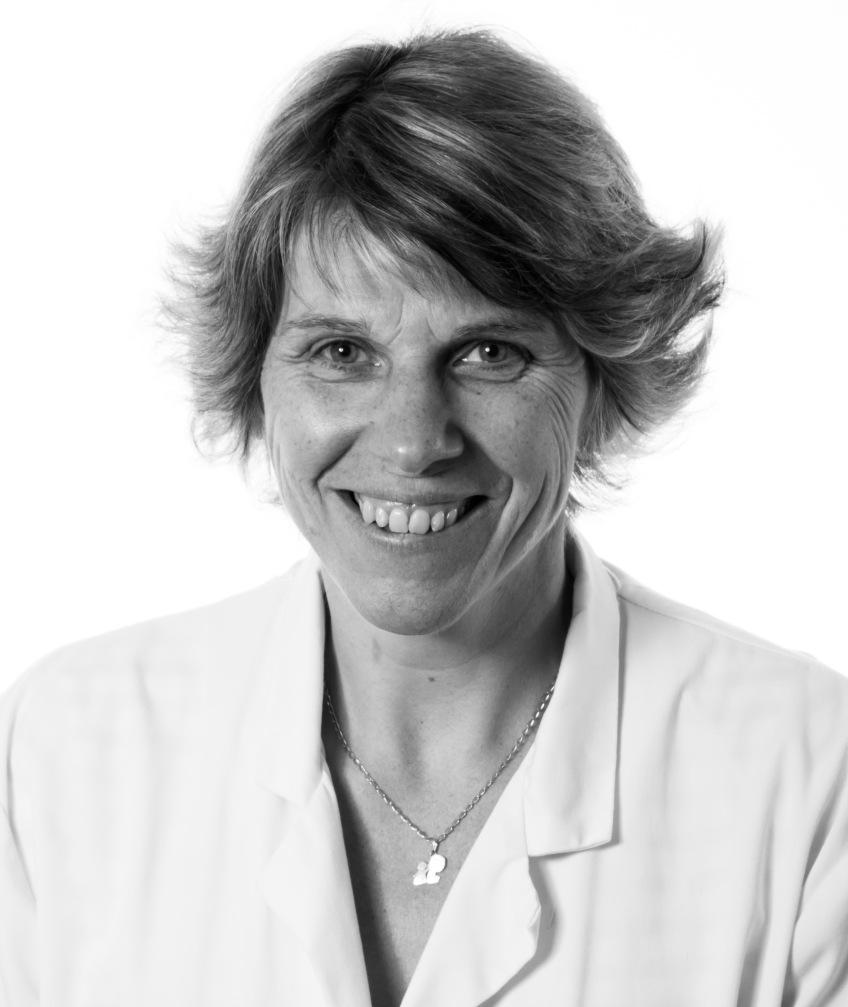 Dr. Anne-Sophie Defachelles